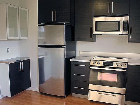 noma-flats-kitchen-black